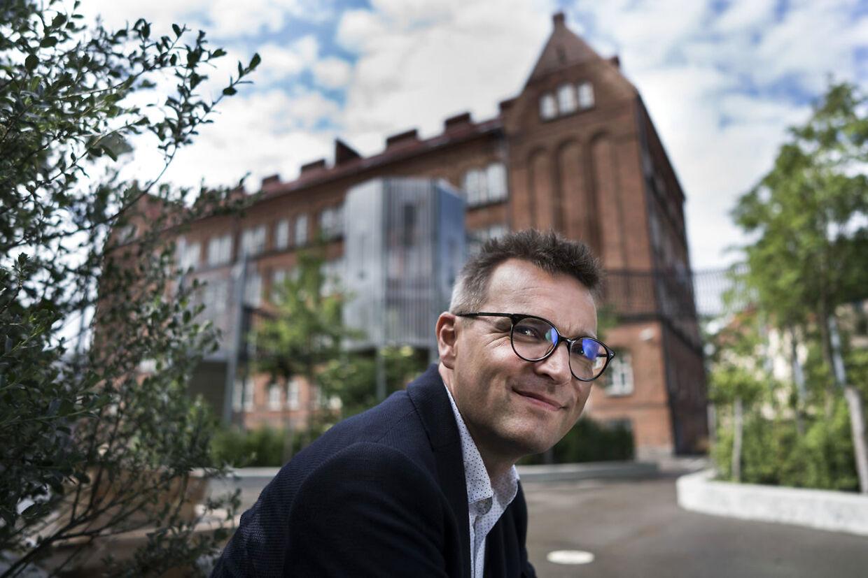 Jakob Næsager fra De Konservative mener, at alle byggesager skal gennemgås med tættekam for at finde ud af, om der er nogen, der har betalt for meget.