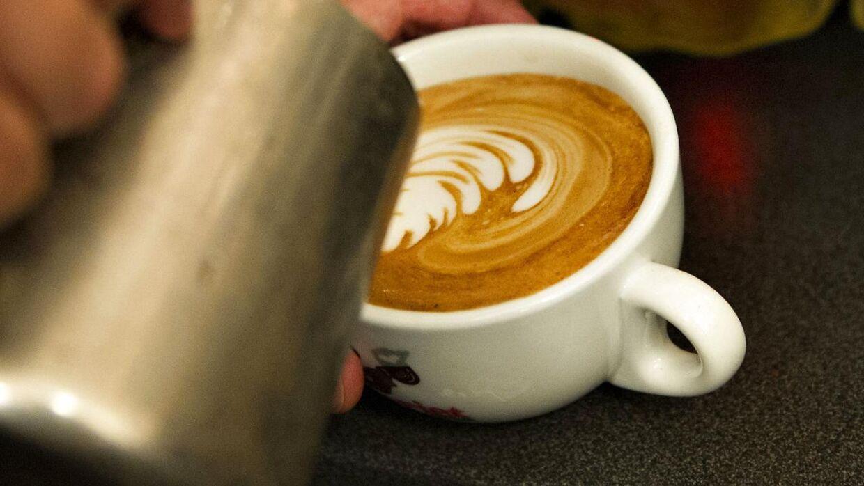 En kunde på en cafe i Venedig kunne ikke tro sine egne øjne, da han så regningen for to kopper kaffe og to flasker vand.