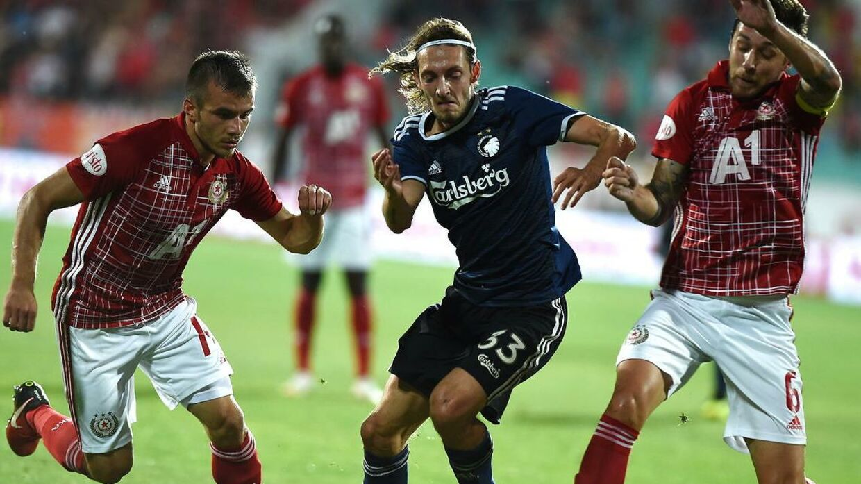 Rasmus Falk startede inde for FCK på den centrale midtbane.