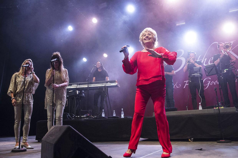 Birthe Kjær spillede i P3 teltet på Smukfest torsdag den 9. august 2018.