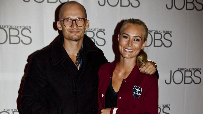 Christian Stadil og kæresten, Alice Brunsø, skal giftes lørdag.