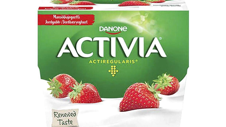 Activia jordbæryoghurt kan indeholde røde plaststykker. Derfor tilbagekalder Danone Danmark produktet.