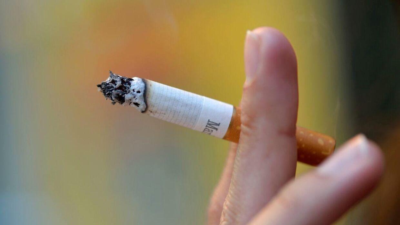 I Skotland, Irland, Finland, England og Australien har man vedtaget ved lov, at tobakken skal skjules fra kunderne.