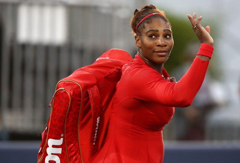 Det blev et hurtigt exit for Serena Williams, da hun mødte Johanna Konta.