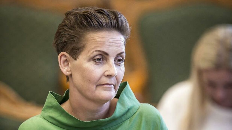 Pia Olsen Dyhr (SF) burde kunne veksle sin troværdighed til fremgang i meningsmålingerne, påpeger en ekspert.