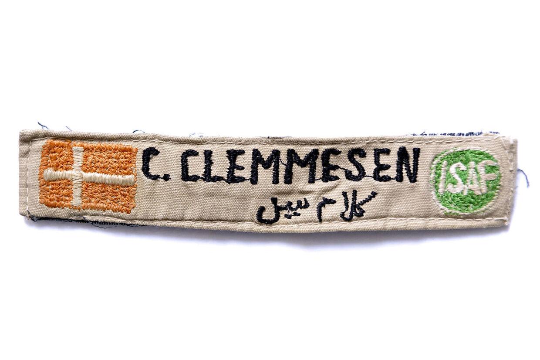 Blandt de ting, som Camilla Clemmensen har gemt fra Hold 5, er navneskiltet.