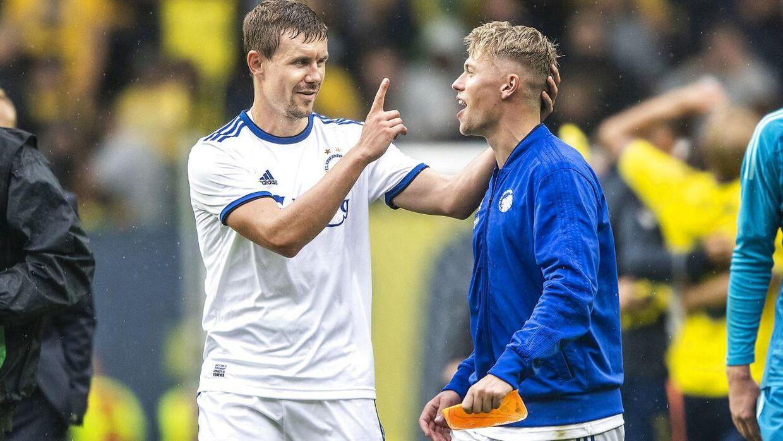 Andreas Bjelland (tv.) og Viktor Fischer (th.) er begge store profiler på Ståle Solbakkens mandskab.