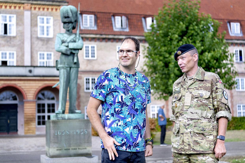 Major Søren P. Østergaard har, lige siden Casper Olsen blev skadet for 10 år siden, været kontaktofficer og har hjulpet både Casper og hans familie gennem det svære forløb.