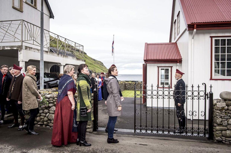 Kronprinsesse Mary besøgte kirken i Tjørnuvik.