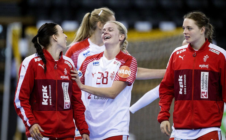Stine Jørgensen og holdkammeraterne på kvindelandsholdet skal være iklædt Puma-tøj indtil 2022. Det samme gælder herrelandsholdet og alle U-landshold.