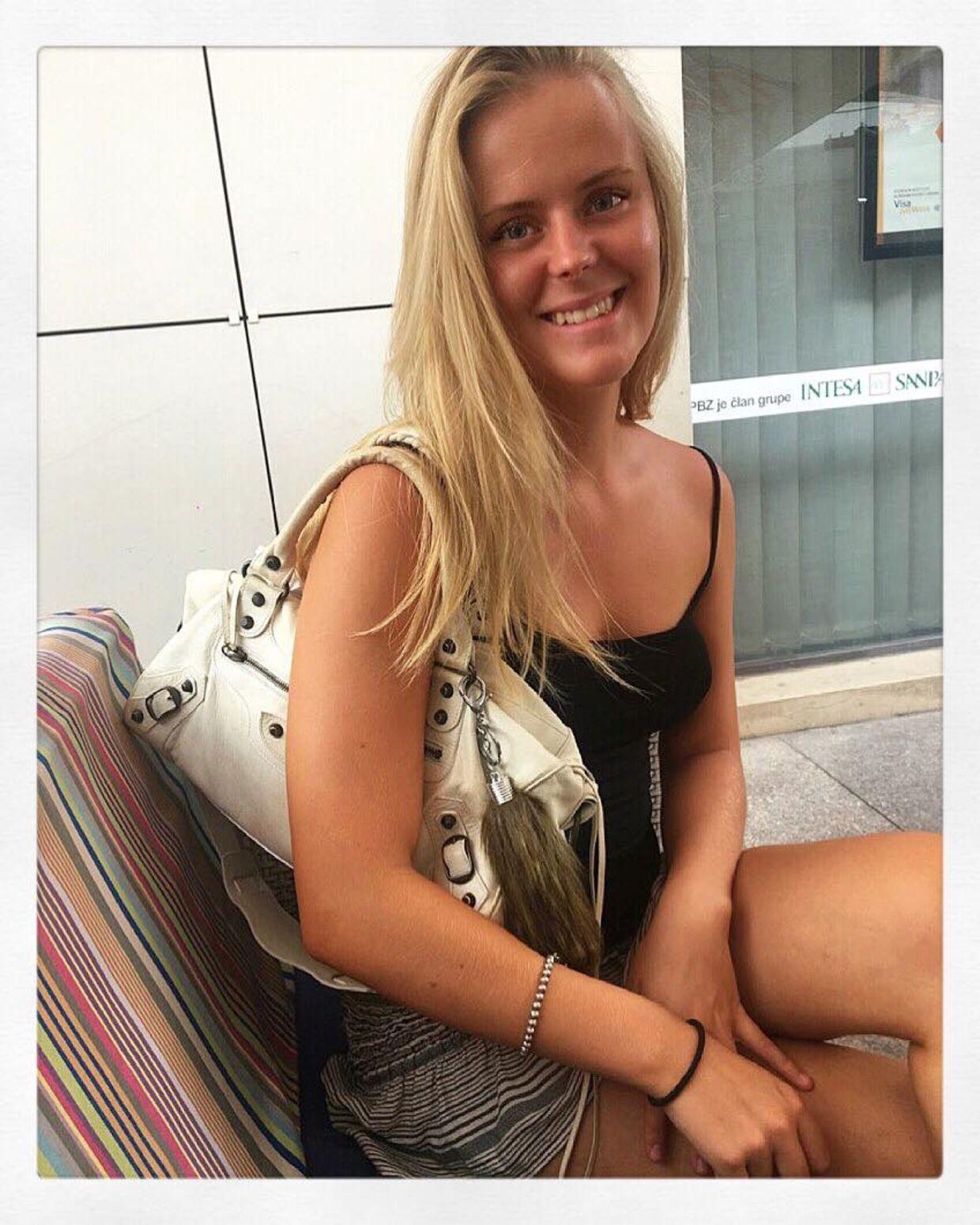 18-årige Rosa Sahlholt går selv på Øregård Gymnasium, men i hendes klasse har de valgt ikke at holde 'puttemiddag'