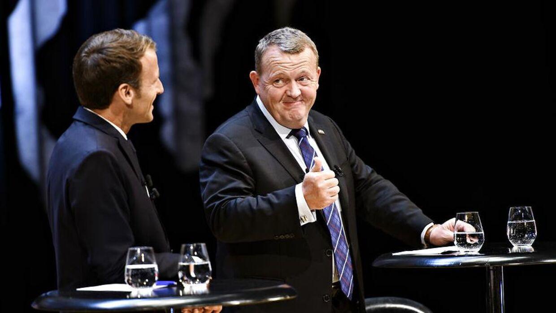 Den franske præsident Emmanuel Macron og statsminister Lars Løkke Rasmussen (V) under en debat i Den Sorte Diamant i forbindelse med, at den franske præsident er på officielt statsbesøg i København.