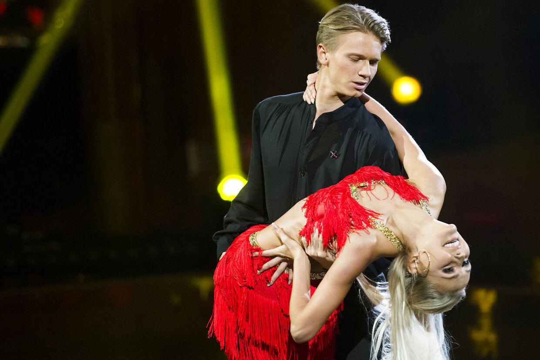 Skuespilleren Mathias Käki Jørgensen og danseren Mille Funk dansede sammen i 'Vild med dans' i 2016 - nu er de også flyttet sammen.