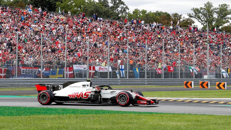 Kevin Magnussen kører søndag Italiens Grand Prix på Monza-banen. (REUTERS/Stefano Rellandini)