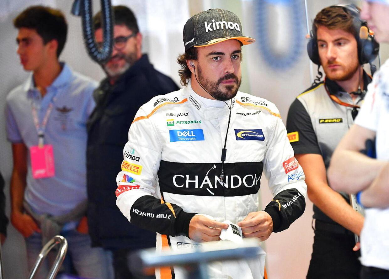 Alonso og Magnussen er stadig ikke perlevenner. (EPA/DANIEL DAL ZENNARO)