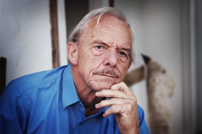 Den tidligere overlæge på OUH, Svend Lings, sidder i dag som en af to tidligere læger på anklagebænken ved Retten i Svendborg. Lings er tiltalt for at have ydet aktiv dødshjælp. Han nægter sig skyldig. Fotograf Sonny Munk Carlsen/Ritzau Scanpix)