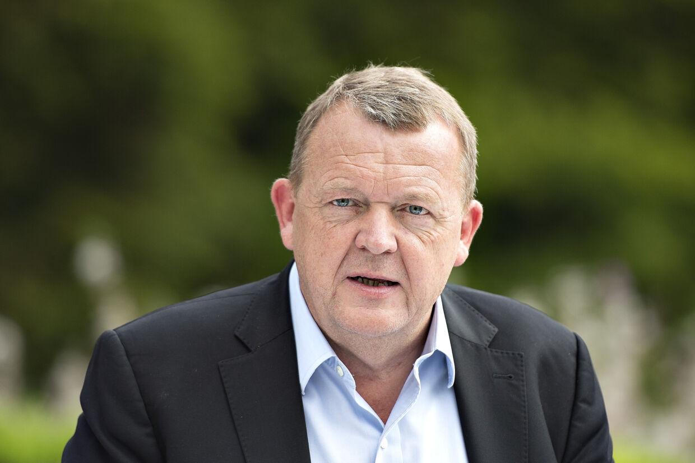 John Faxe Jensen, der er tiltrådt som landstrænervikar, får medvind fra statsminister Lars Løkke Rasmussen (V), der udtrykker kæmpe respekt. Henning Bagger/arkiv/Ritzau Scanpix