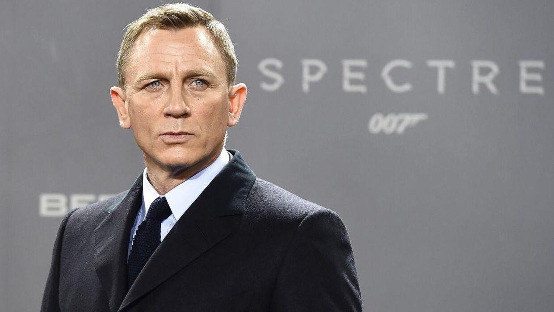 50-årige Daniel Craig er blevet far til en pige.