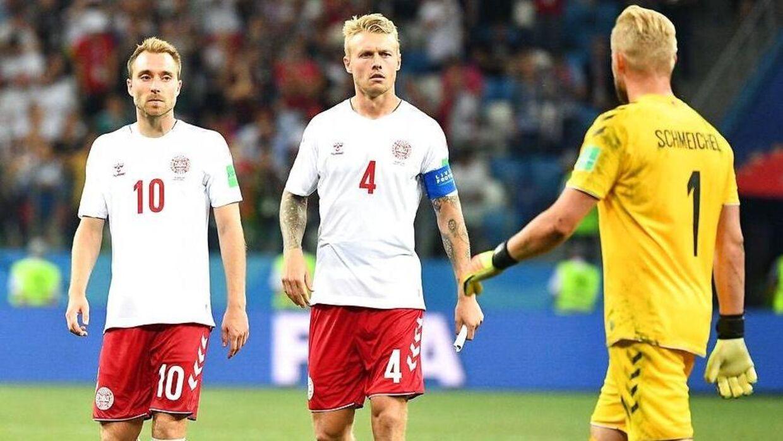 Christian Eriksen, Simon Kjær og Kasper Schmeichel er nogle af de danske landshodsspillere, der har den største indtjening om året.