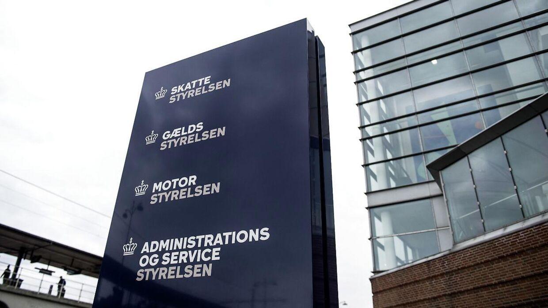 Skattestyrelsen er på plads sammen med dele af tre andre styrelser i det tidligere hovedsæde for Skat på Østbanegade i København.