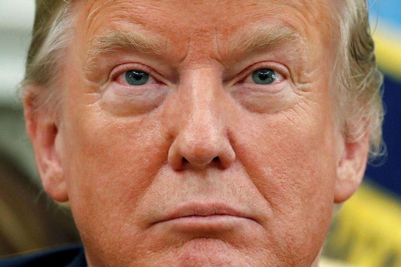 Ifølge New York Times kronik-kilde har embedsmænd og politikere overvejet at fjerne præsident Donald Trump via grundlovens 25. punkt.