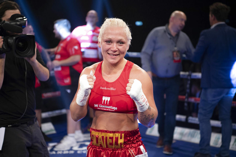 Dina Thorslund tog VM-bæltet hos WBO, da hun besejrede Yessica Munoz fra Mexico på point. (Foto: THOMAS SJØRUP)
