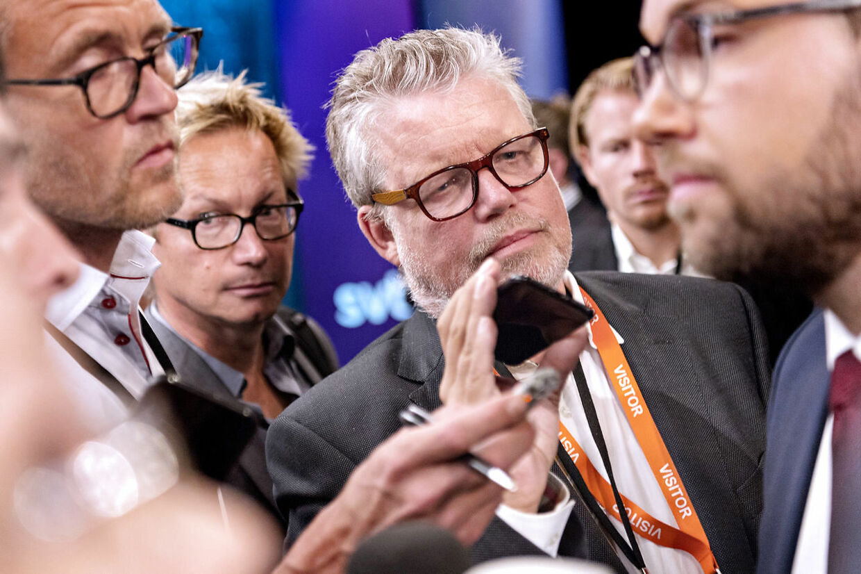 Valg i Sverige. Jimmie Åkesson fra Sverigedemokraterna under den sidste partilederrunde på svensk TV. Efterfølgende gik SVT ud og tog afstand fra Åkesson udtalelser, hvilket har ophidset Sverigedemokraterna så meget, at de har indkaldt SVT til krisemøde lørdag d. 8. september 2018. Her er det B.T.s Andreas Karker, der udspørger Jimmie Åkesson efter TV-debatten.