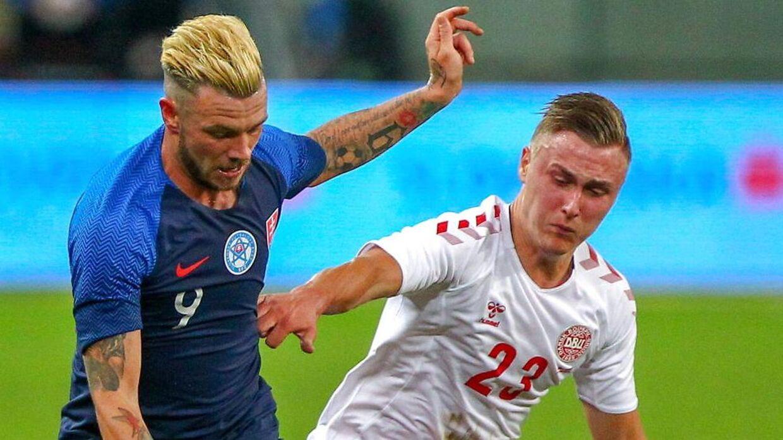 Daniel Holm i aktion for Danmark.