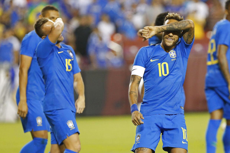 Brasilianske Neymar er ikke tilfreds med at være blevet stemplet som en spiller, der filmer.