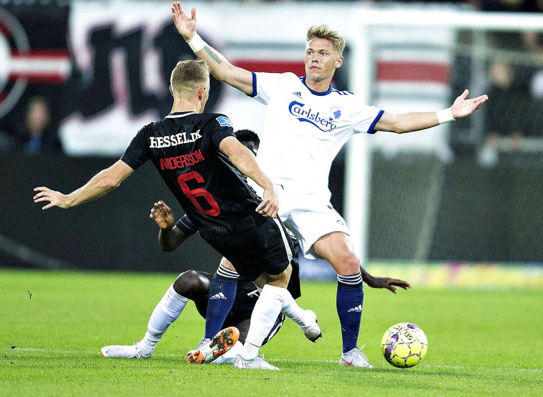 FCK's Viktor Fischer mod FC Midtjyllands Joel Andersson i superligakampen FC Midtjylland mod FC København på MCH-Arena i Herning, 16. september 2018. (Foto: Henning Bagger/Ritzau Scanpix)