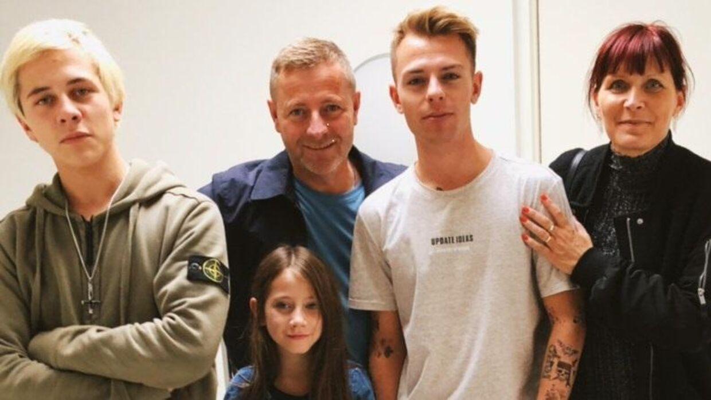 Familien Münster. Fra venstre: Max, Finn, Naja, Morten og Hanne Münster. Foto: Privatfoto.