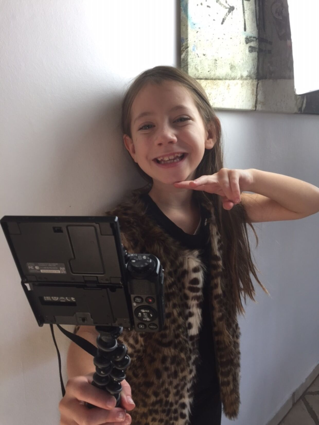 Naja Münster er 9 år gammel og har 183.000 følgere på Youtube. Foto: Privatfoto.