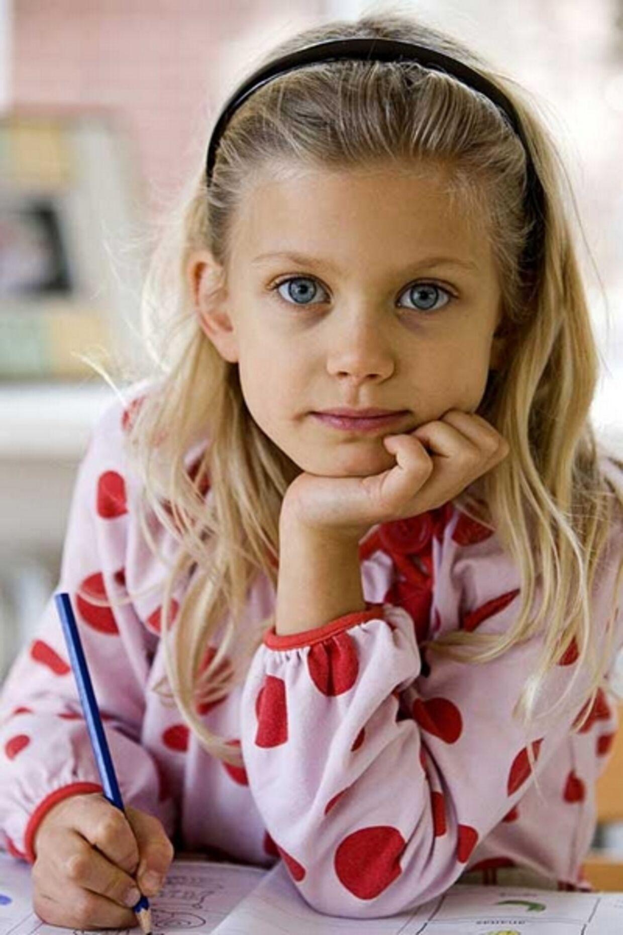 Mathildes forældre vælger 'Årgang 0' fra pga børnene. Foto: TV2