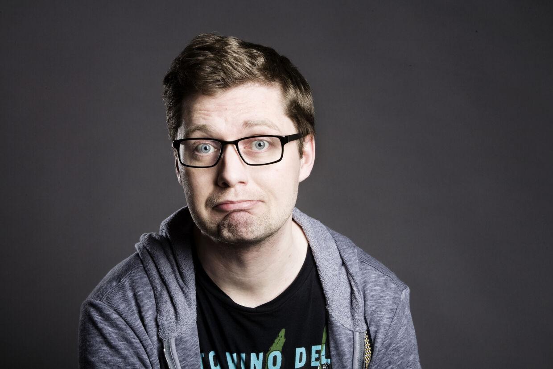 Lasse Rimmer sælger sex på nettet - fordi han kan.