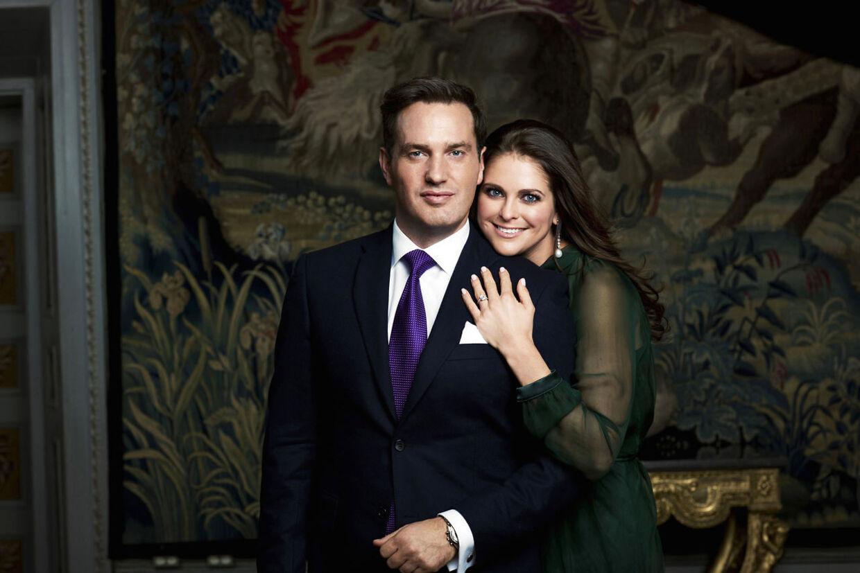 Det officielle forlovelsesbillede af prinsesse Madeleine og Chris O'Neill