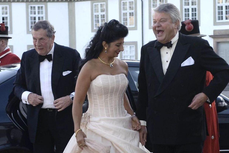 Christian Kjær og kæresten Susan Astani på vej tilaftenfest på Fredensborg sidste år.