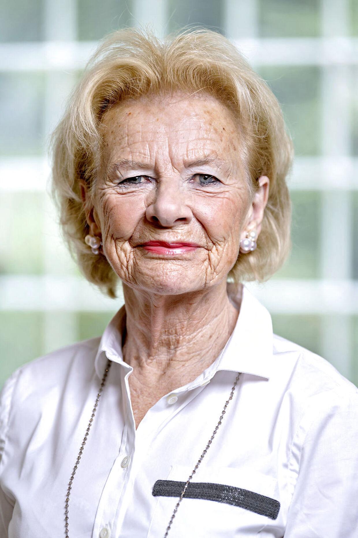 Susanne Heering, tidligere balletdanser og balletskoleejer og tæt veninde med Dronning Margrethe, holdt nytårsfest for blandt andre regentparret sidste år. Det blev sidste gang, fru Heering så prinsen.