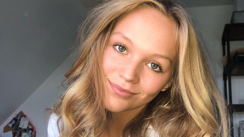 Flora Ofelia fra DR-serien 'Ulven kommer' har sin søster Freja Bella med i 'Druk'.