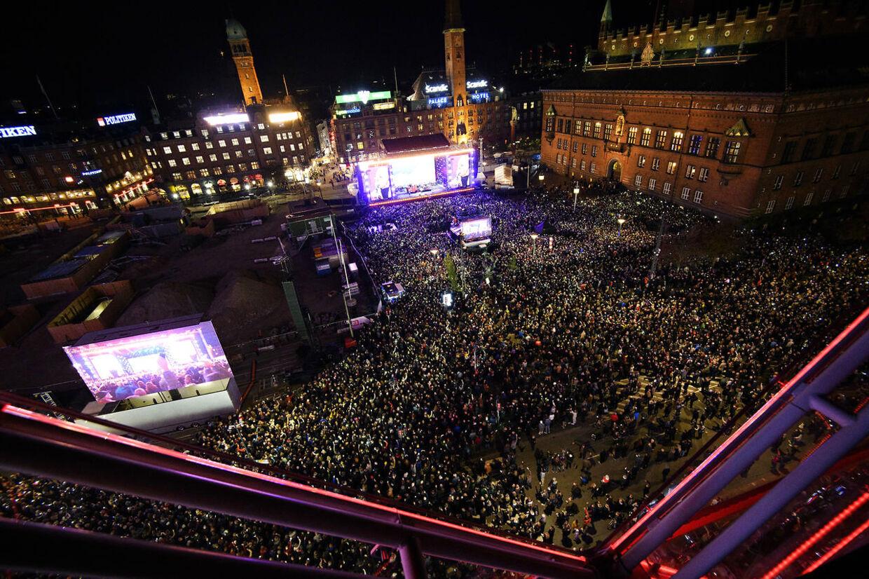 Hele 35.000 mennesker var mødt op til mindekoncerten til ære for Kim Larsen.