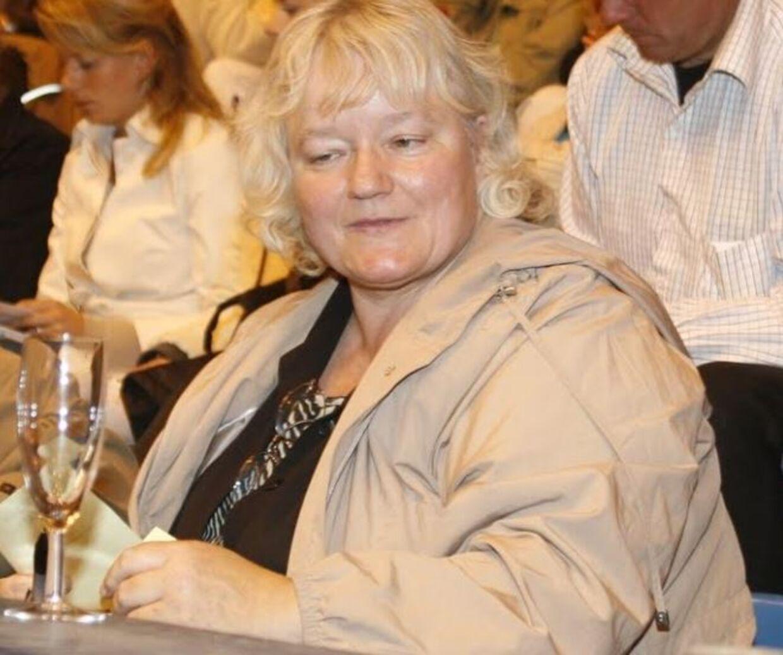 Her ses den 64-årige Anna Britta Troelsgaard Nielsen. Billedet er taget ved en hesteauktion. Foto: Wiegaarden Fotostudie
