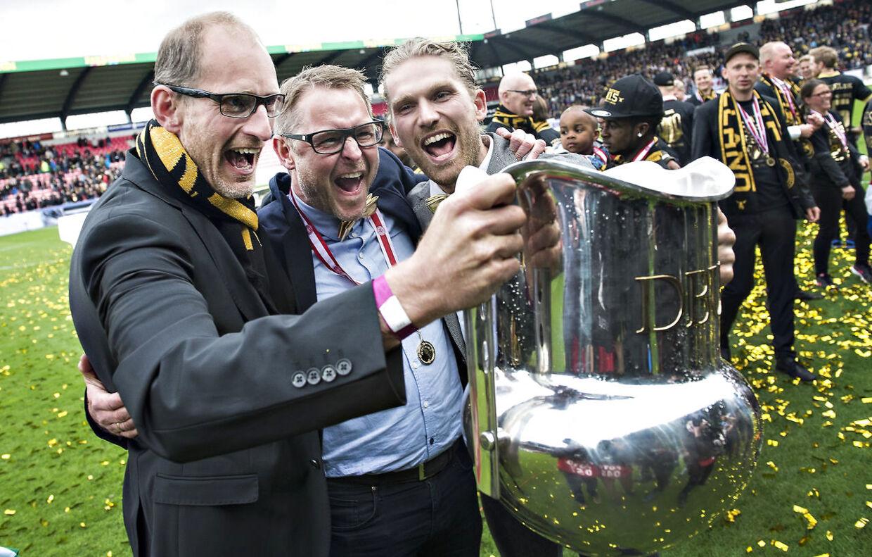 Det er helt bevidst, at FCMs ledelse har valgt en træner, der er firmaets mand, fortæller B.T.s fodboldkommentator.