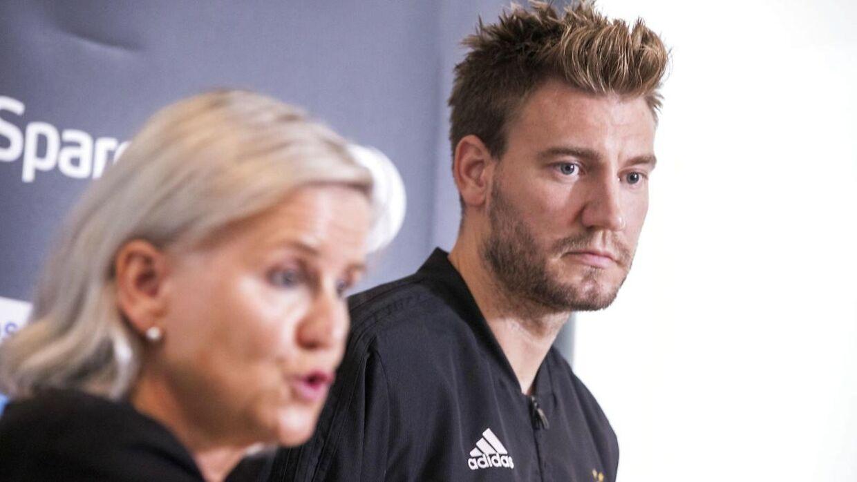 Nicklas Bendtner har efterfølgende undskyldt.