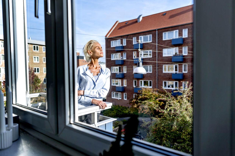 I en ejendom på Amager har Signe Grønnebæk fundet gode venner, naboer og et fællesskab, som betyder alverden for hende.