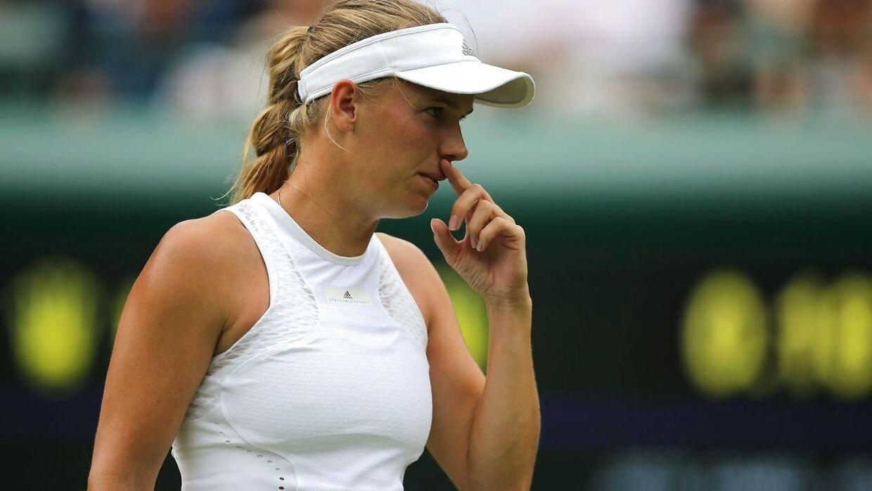 Caroline Wozniacki under årets Wimbledon. Det var efter denne turnering, hun for alvor begyndte at mærke, at noget var galt.