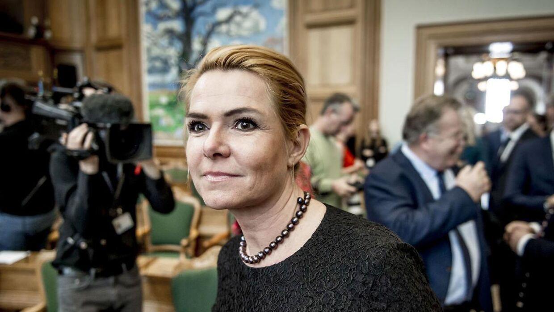Udlændinge- og integrationsminister Inger Støjberg siger, at en lovændring vil virke fremadrettet og Mints sag sandsynligvis ikke vil genoptages. Det ser sort ud for Mint, såfremt det står til trone.