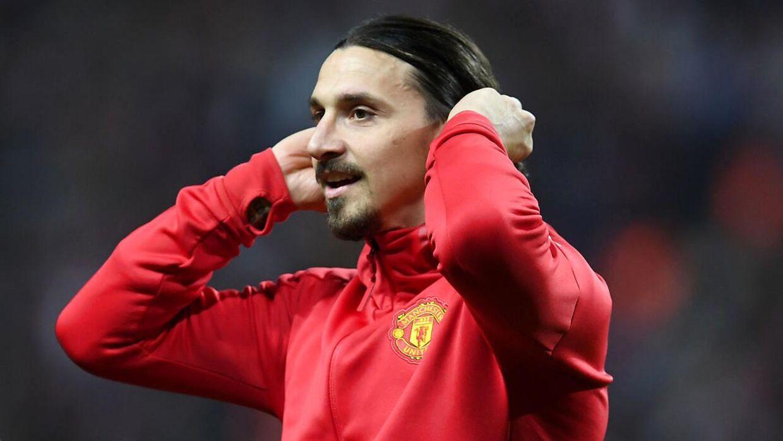 Zlatan Ibrahimovic spillede for Manchester United, da han blev skadet.