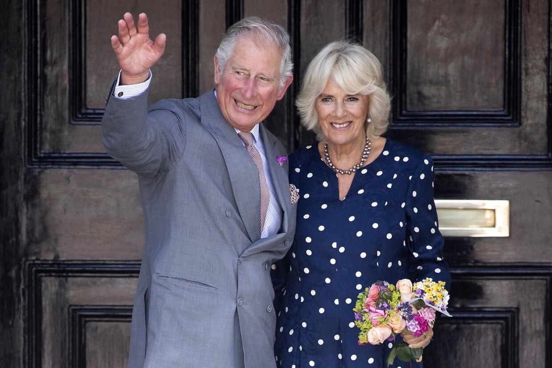 Charles og hans hustru, Camilla.