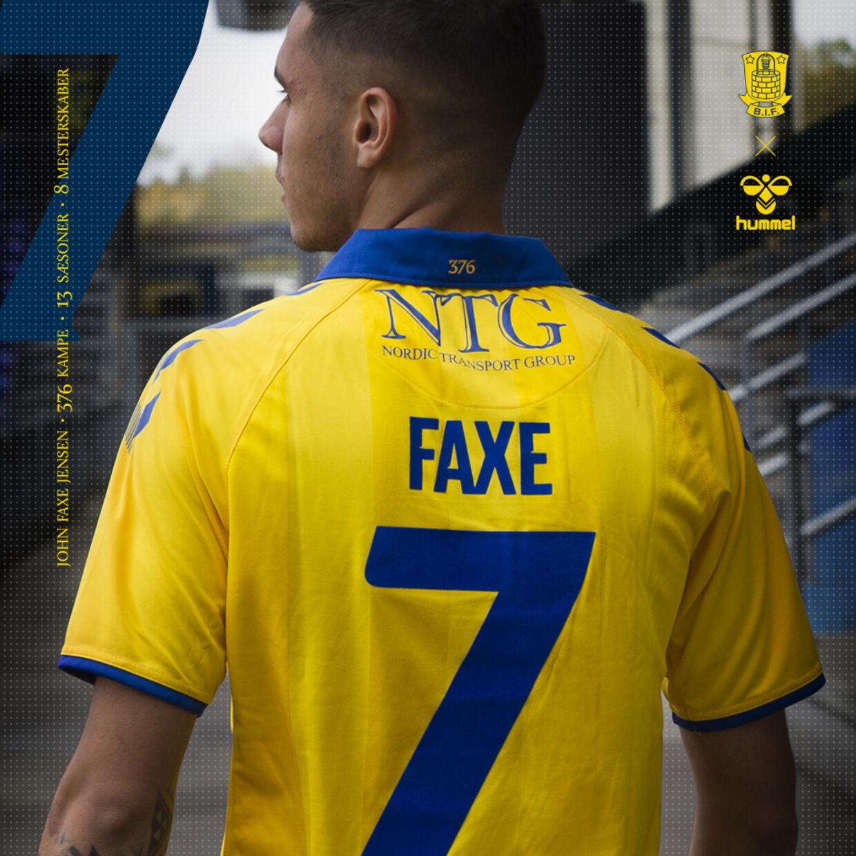 Den nye trøje, der hylder 'Faxe'.