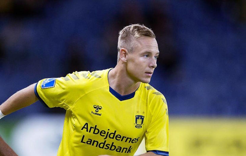 Brøndbys Uffe Bech skiftes ind til sin første superliga kampen mellem Brøndby-FC Midtjylland på Brøndby Stadion, 2018.