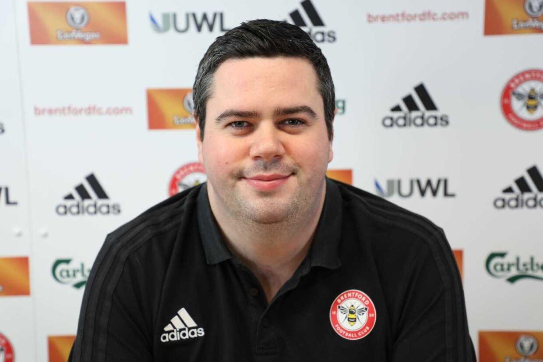 Brentfords tekniske direktør, Robert Rowan, blev blot 28 år. Foto: brentfordfc.com